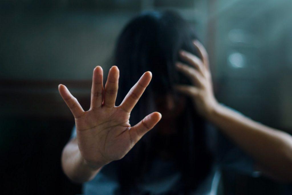 4 Bybelse wenke oor hoe om depressie te beveg